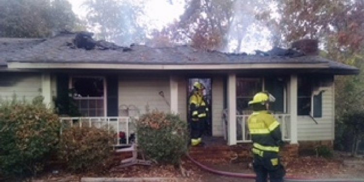 Family in Ooltewah loses home