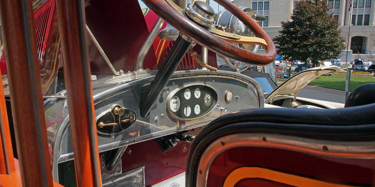1927 Studebaker - General Manufacturing of St. Louis Pumper Fire Truck (4 of 6