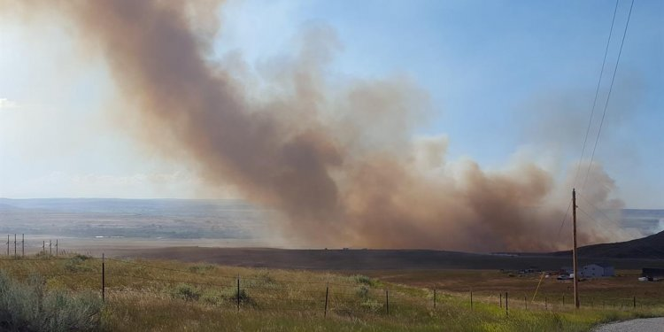 Moser Dome Fire hits south of
