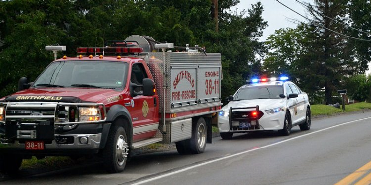 Pennsylvania State Police Trooper and Smithfield Volunteer Fire Department on Scene of a MVA